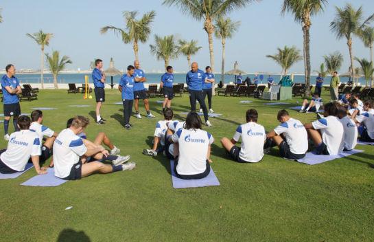 Первая тренировка Зенита на предсезонном сборе ОАЭ