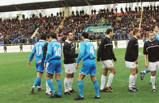 540 минут «Анжи» и «Зенит» выясняли взаимоотношения в Махачкале. Первый официальный визит сине-бело-голубых в столицу Дагестана состоялся почти 12 лет назад — в сентябре 2000-го. В шести поединках соперники пока не выявили сильнейшего: команды одержали по