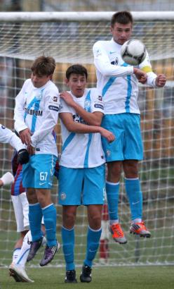 Матч 15-го тура Первенства России молодежных команд «Волга»— «Зенит»
