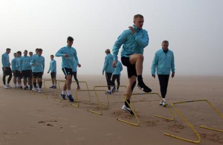 Тренировка «Зенита»-м на сборе в Испании 28 января 2016 года